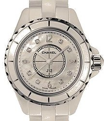 Chanel J12 Quartz 33mm Ladies Watch